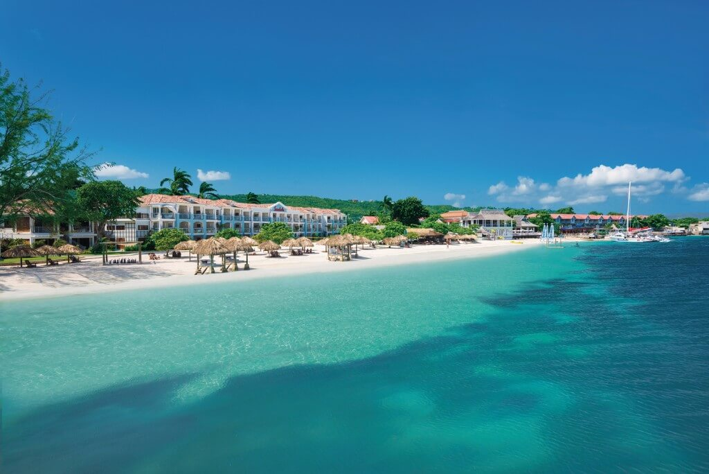 5 Reasons to Visit Montego Bay, Jamaica