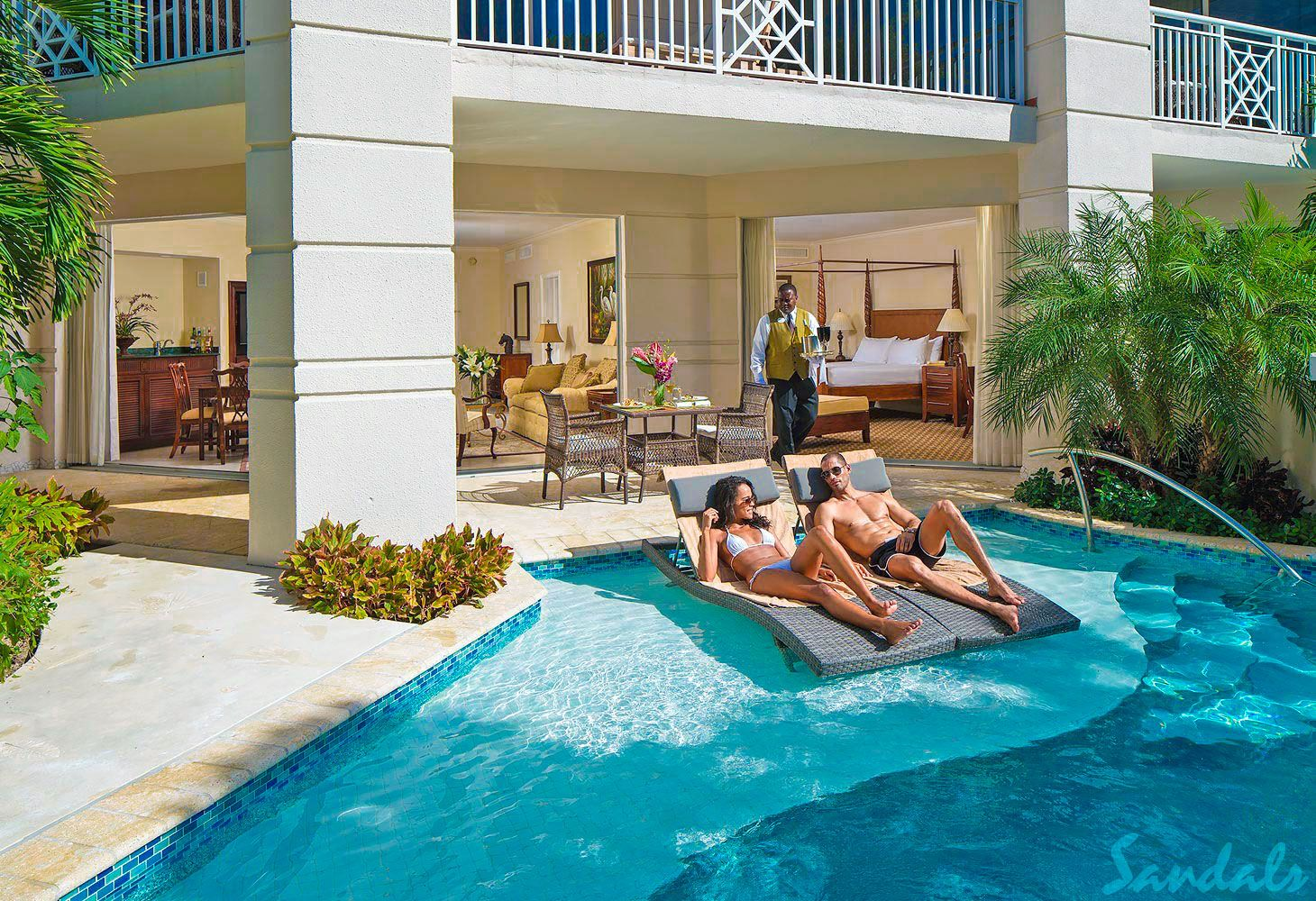 swim up suites royal bahamian