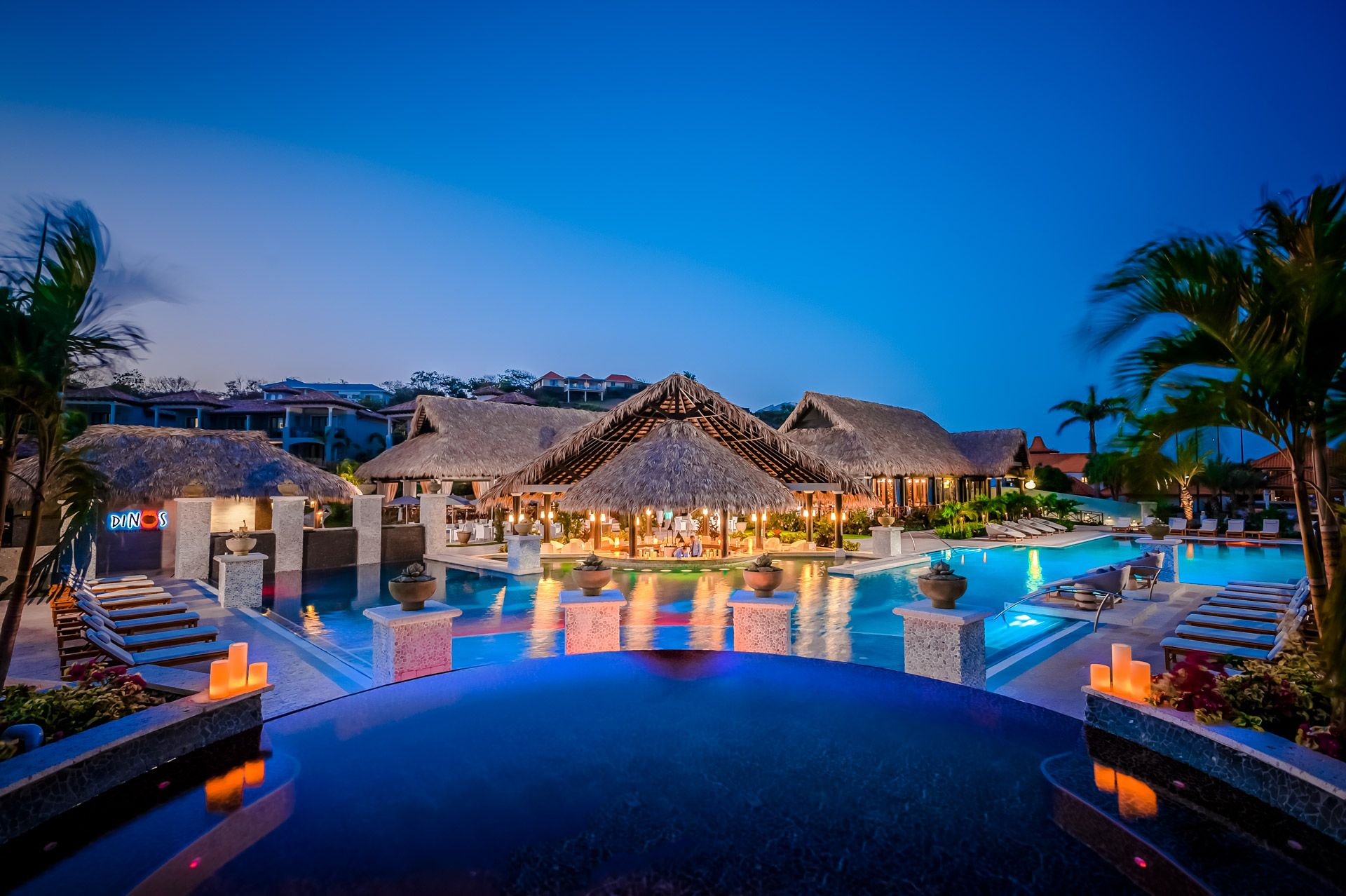 sandals grenada swim up bar