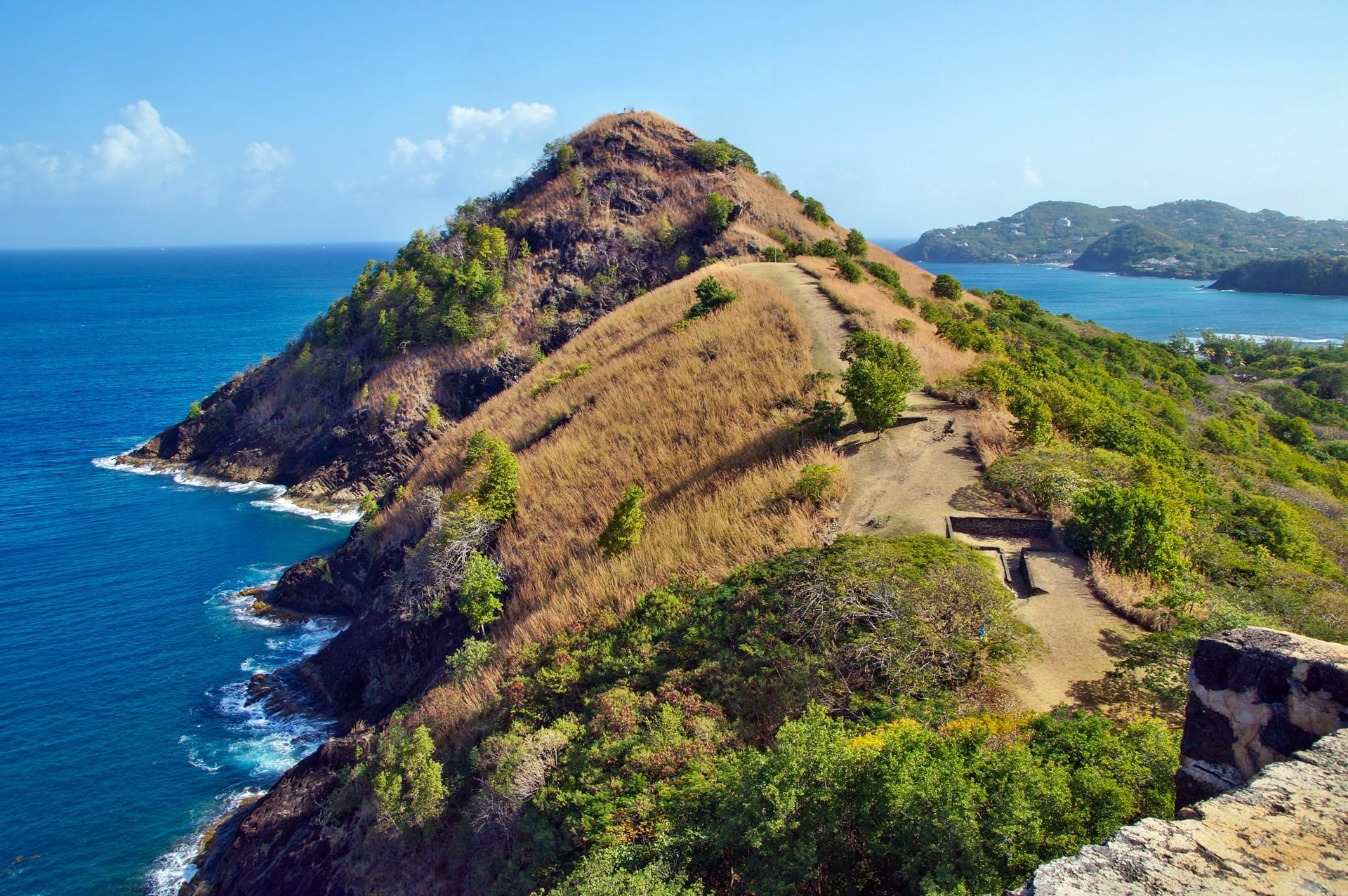 Pigeon-Island-Hike