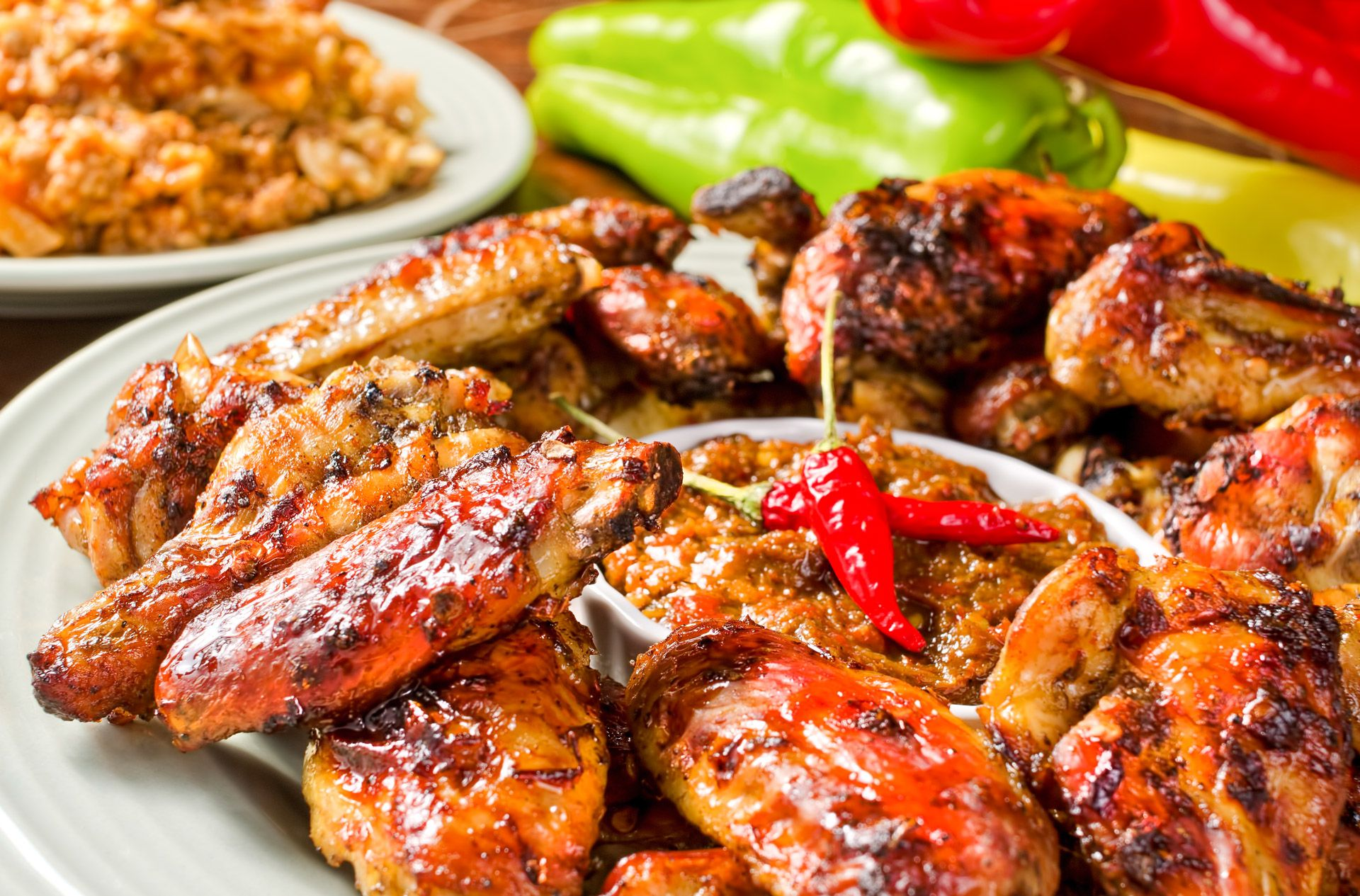 chicken wings with pepper sauce