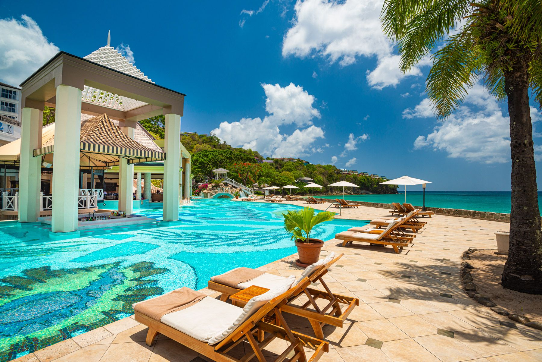Three things guests love about... Sandals Regency La Toc. A full review.
