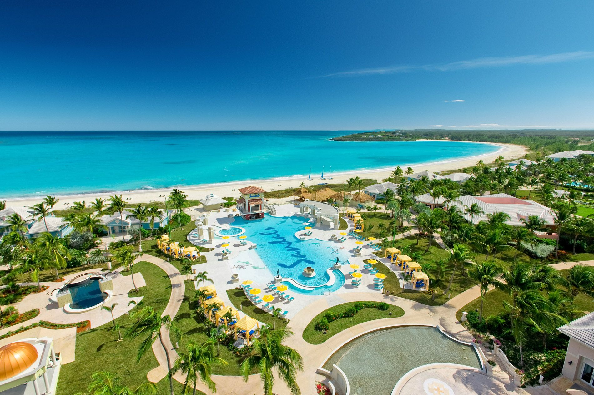 Three things guests love about... Sandals Emerald Bay. A full review.