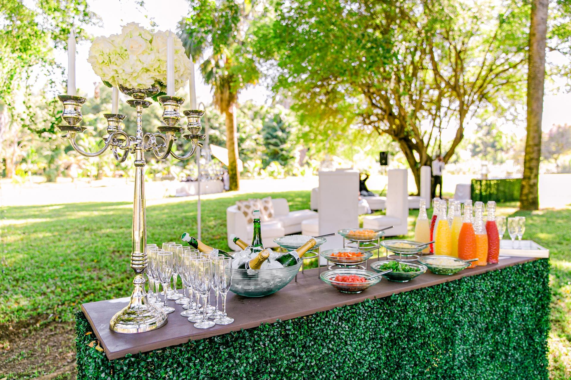 Garden Wedding Detail Food and Drinks