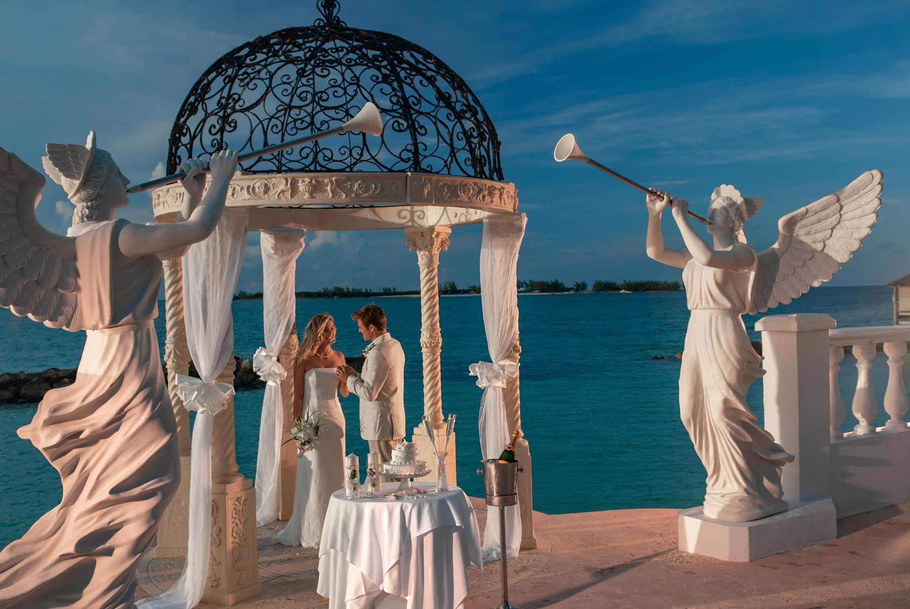 Sandals Royal Bahamian SRB Oceanfront Gazebo