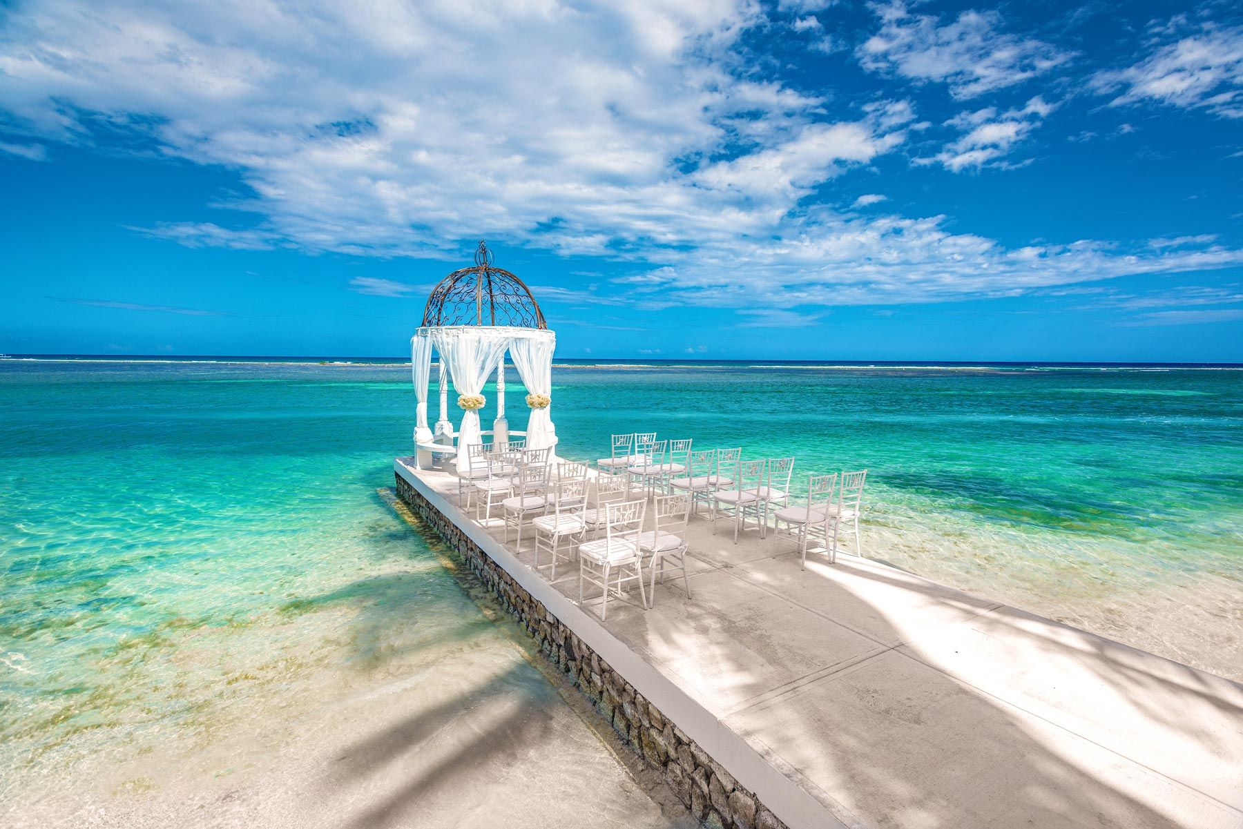 Sandals-Royal-Caribbean-SRC-Over-The-Water-Gazebo
