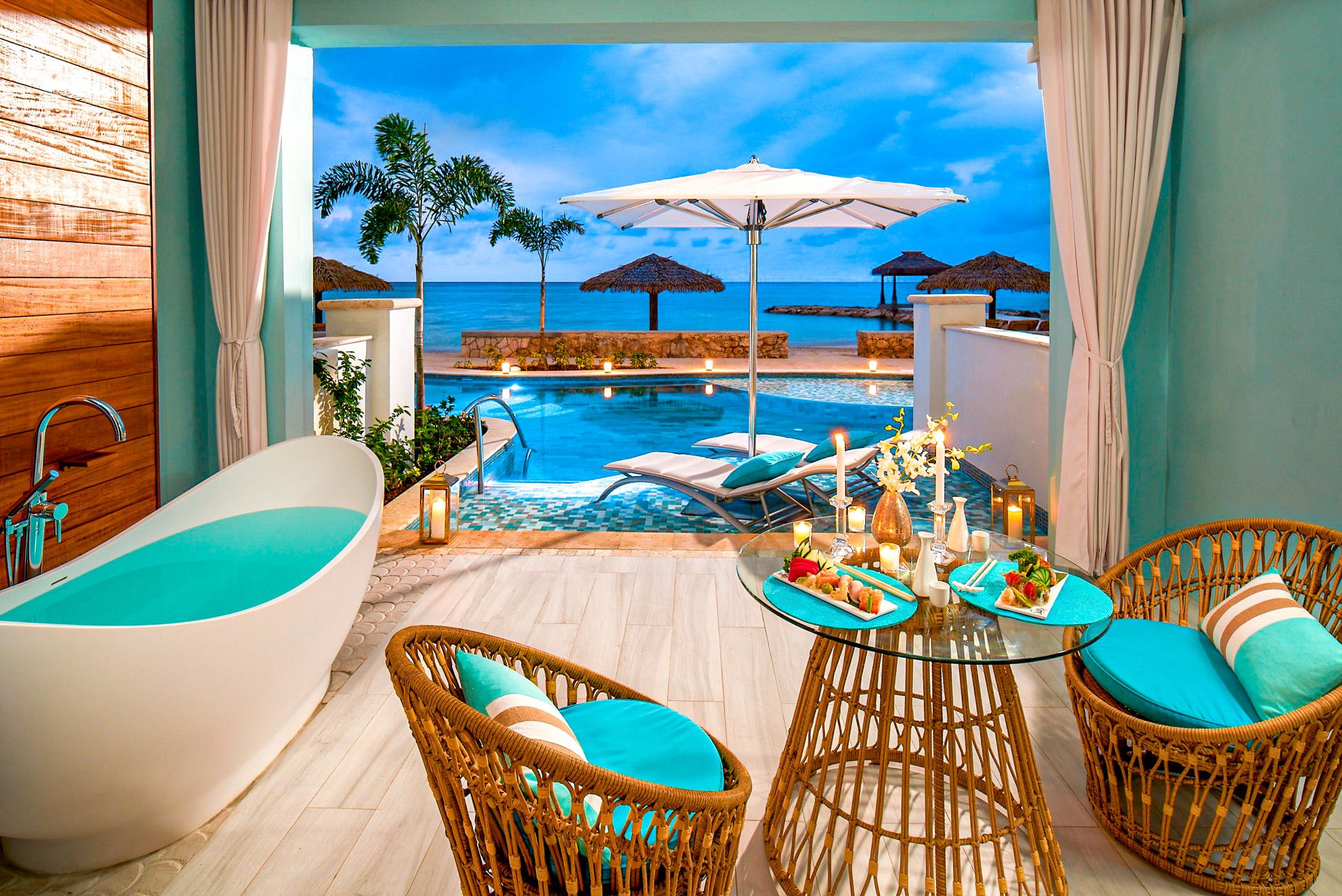 Beachfront Swim Up Millionaire One Bedroom Butler Suite Inside