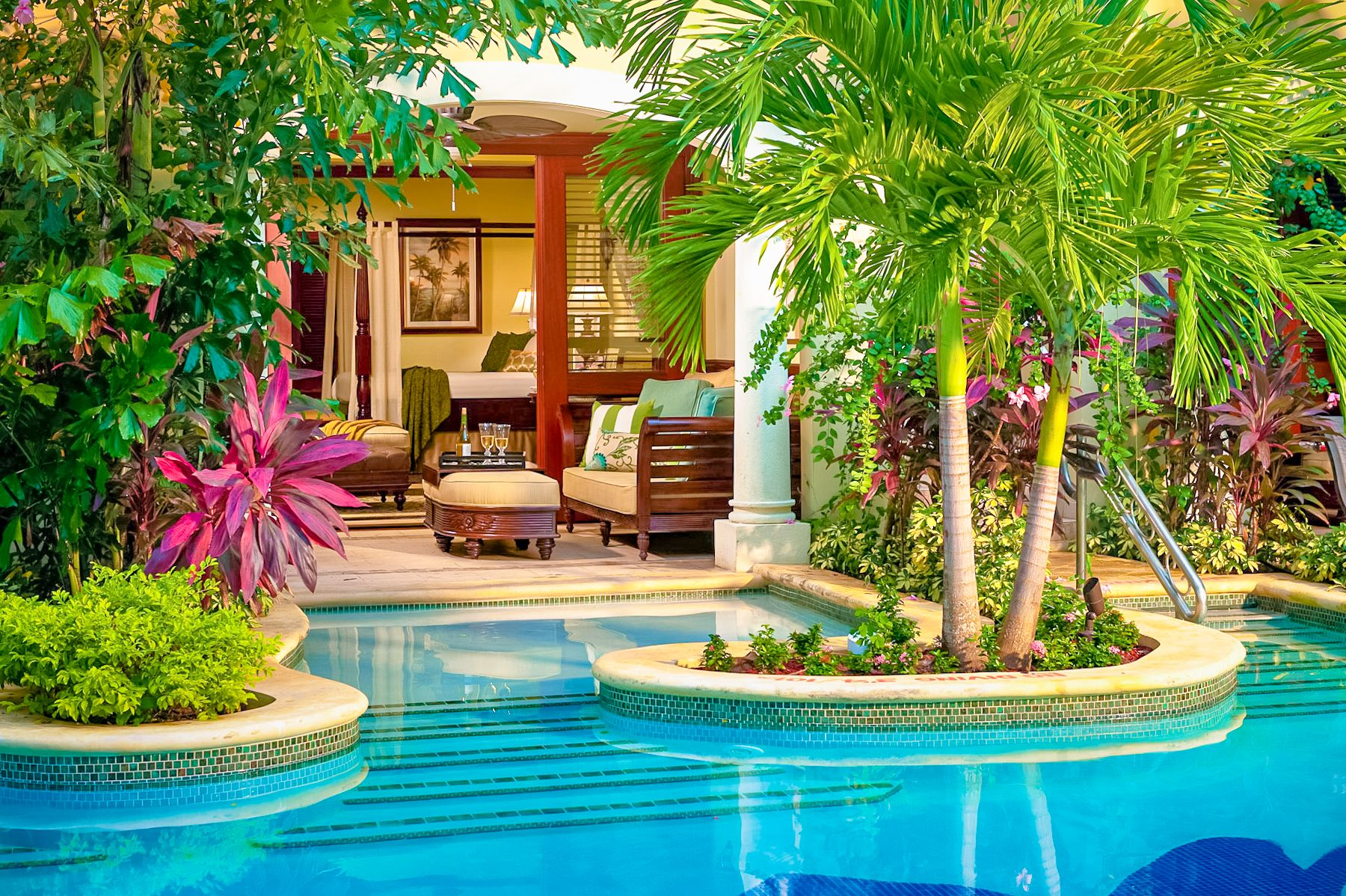 Swim up Crystal Lagoon Honeymoon One Bedroom Butler Suite Outside