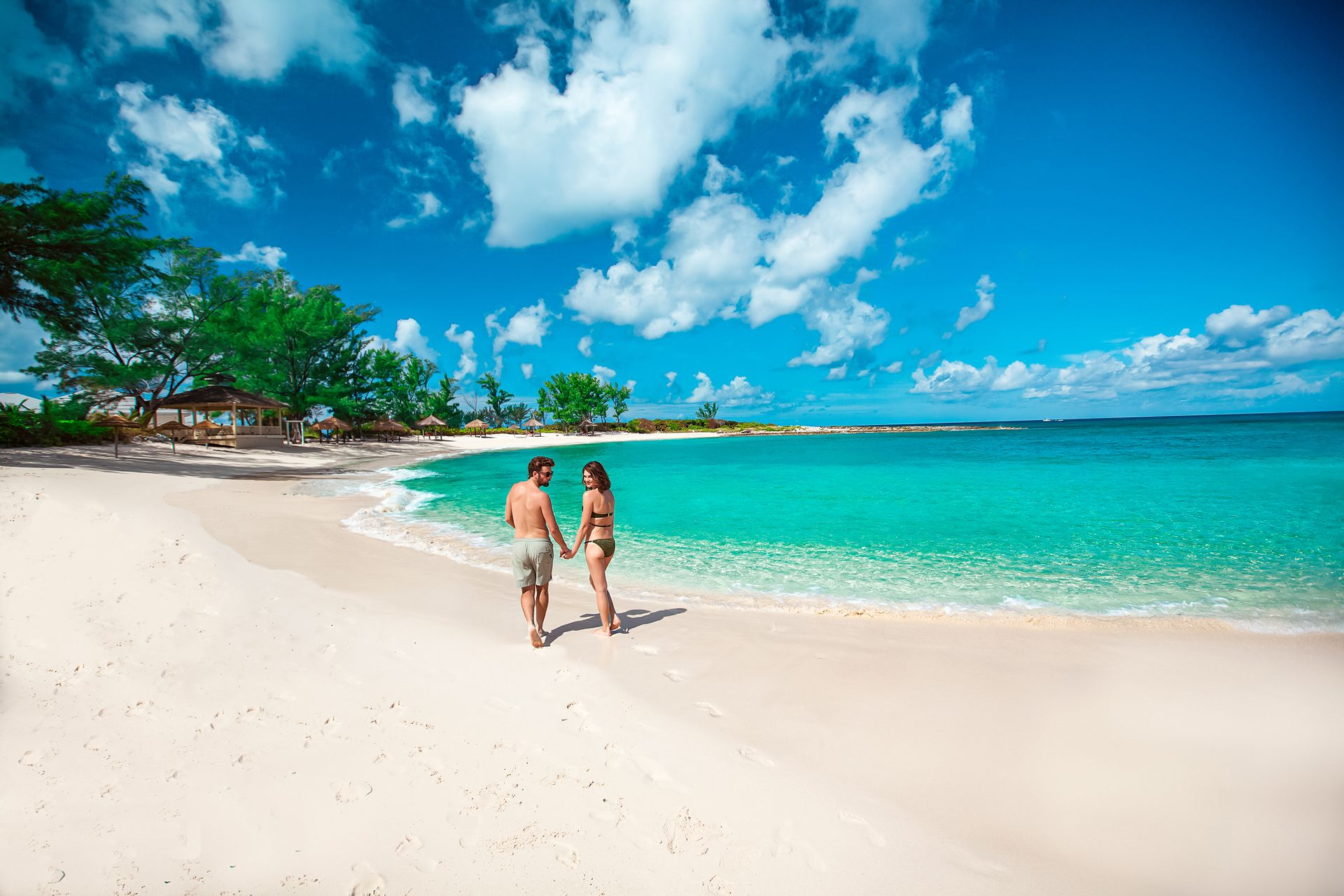 Sandals Royal Bahamian Beach Couple