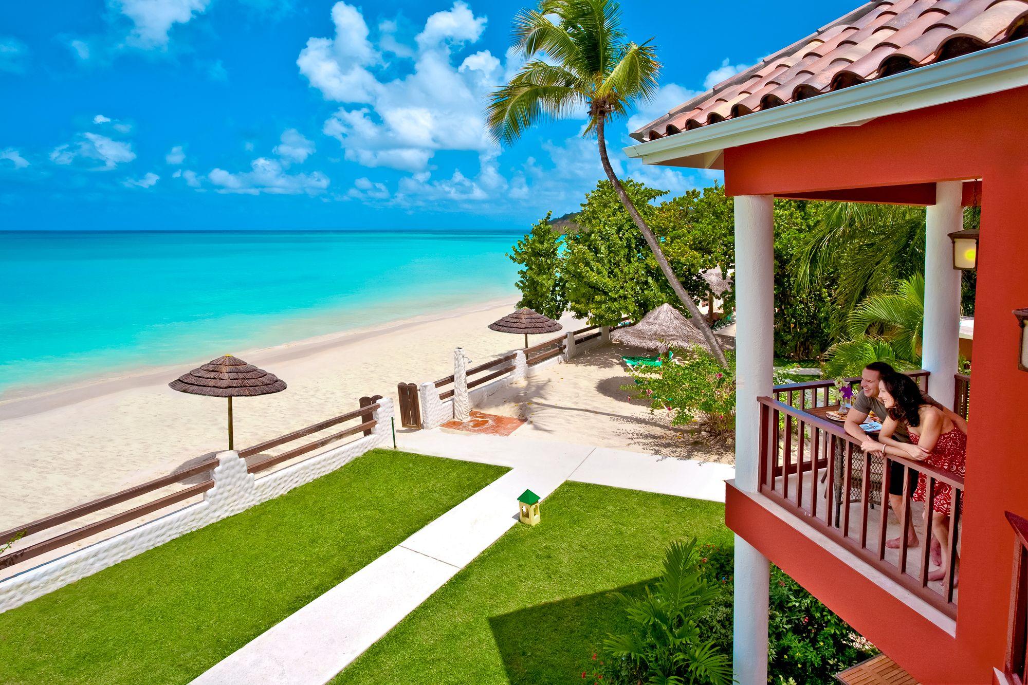 Sandals-beach-front-suite