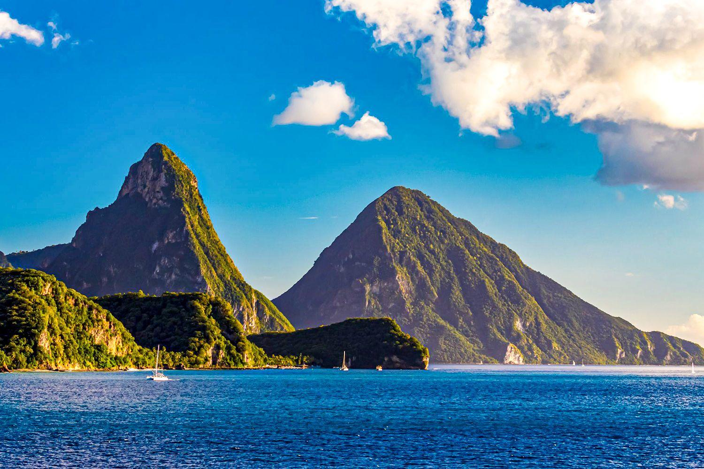 Pitons-Mountains-Saint-Lucia-2