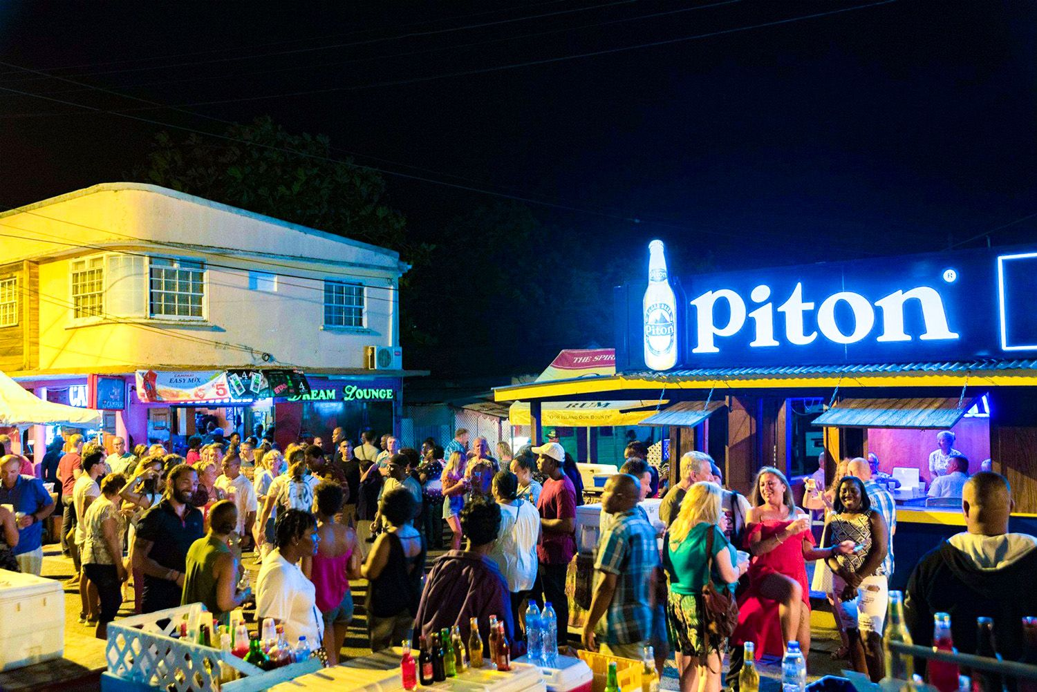 gros-islet-street-party