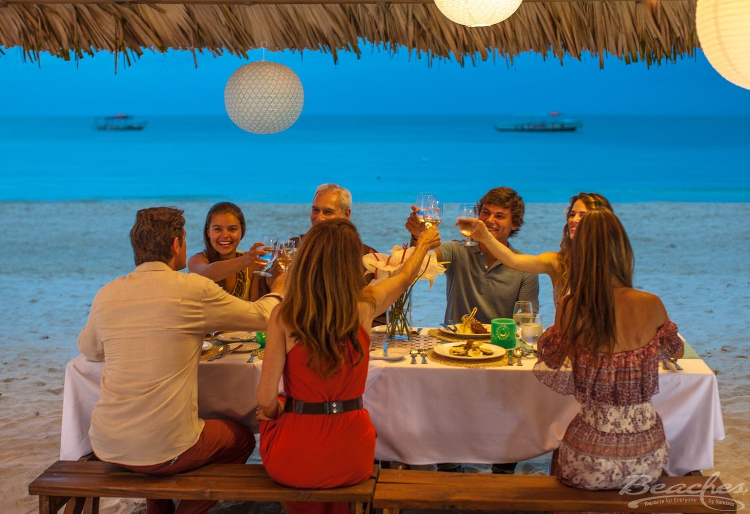 Beaches-Negril-Beach-Restaurant-Dining
